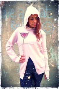 Darryl Black Erika Pale Pink Cash Hoody