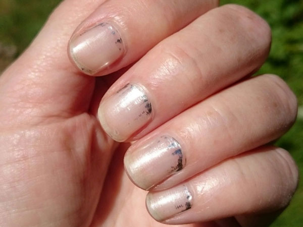 Maybelline 'Platinum Standard' nail stickers after two days
