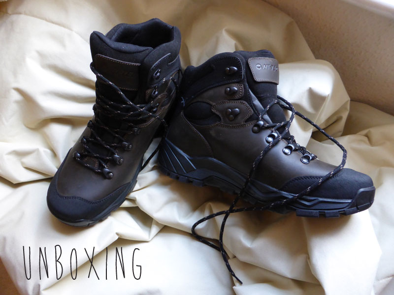 Unboxing HiTec Altitude Pro walking boots