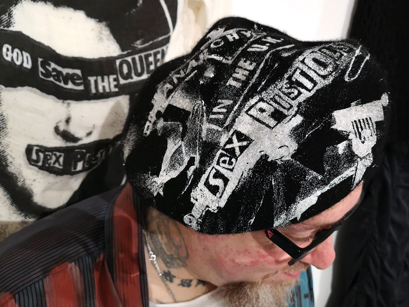 'Anarchy in the UK' beret